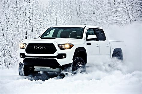 Toyota Tacoma Pro 2017 Toyota Tacoma Trd Pro Is A Small But Road
