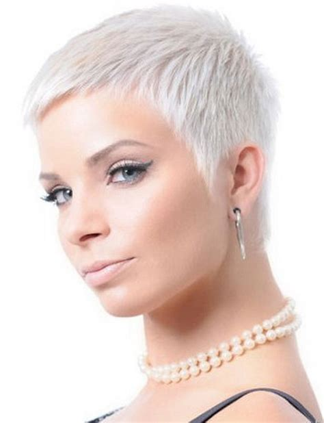 videos of very short hair cut with a shaver very short cropped hairstyles for women
