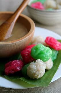 Indonesia Snack Desserts 100 Recipes all about indonesia traditional snack east borneo putu mayang