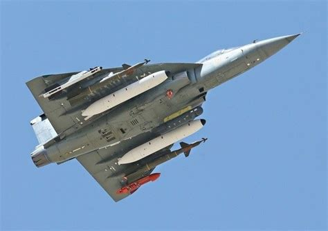 lca tejas compare      gripen vis  vis combat radius load carrying