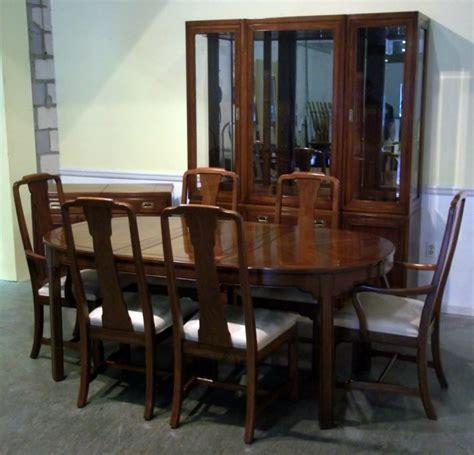 thomasville dining room table vintage thomasville dining room furniture peenmedia com