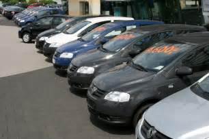 Un poco trate de buscar varias cifras de venta de autos usados