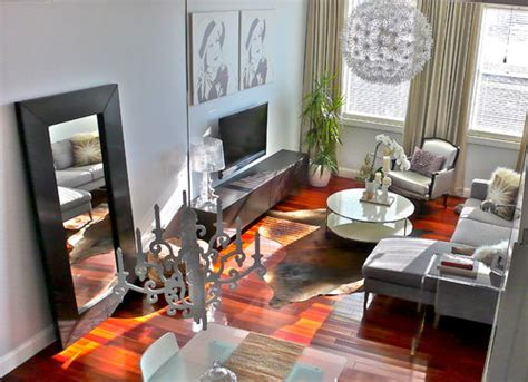 Living Room Mirror Placement Beautiful Ideas In Decorating A Living Room With Floor Mirrors