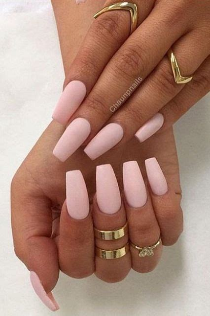 manicure with color 30 manicure ideas that will make you mad for matte nails