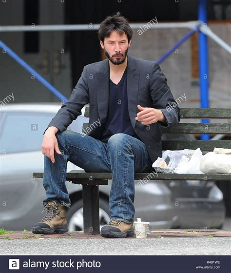 keanu bench keanu reeves these photos of keanu reeves looking