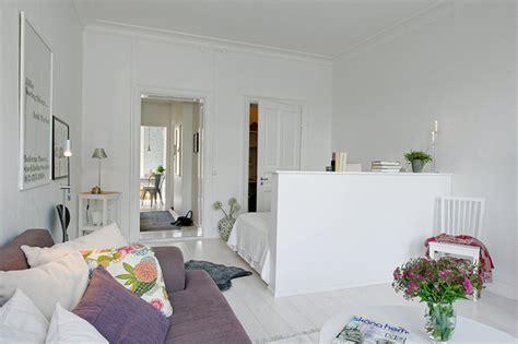 Living Room Bedroom Separation Jak Wydzielić Miejsce Na Sypialnie W Salonie Zdjęcie W