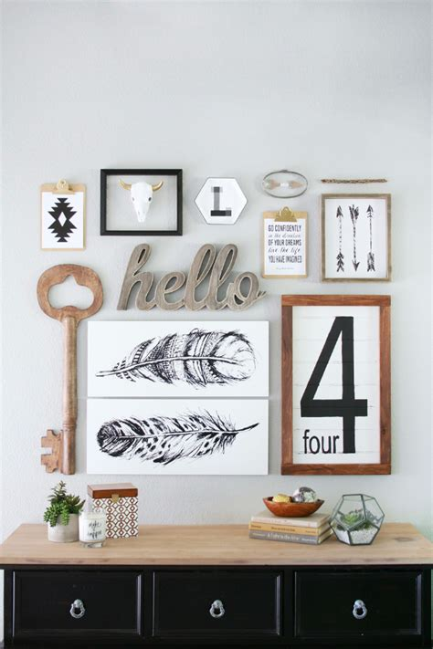 Entryway Wall Decor 35 Impressive Diys You Need At Your Entry Diy