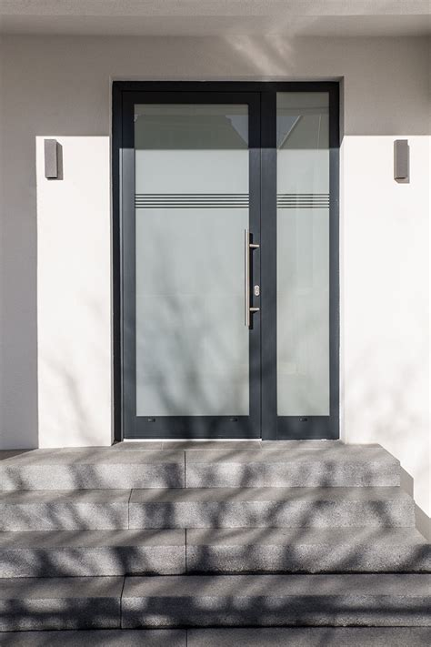 Porte Atelier Metal by Menuiserie Schuller Fen 234 Tres Portes Et Atelier M 233 Tal