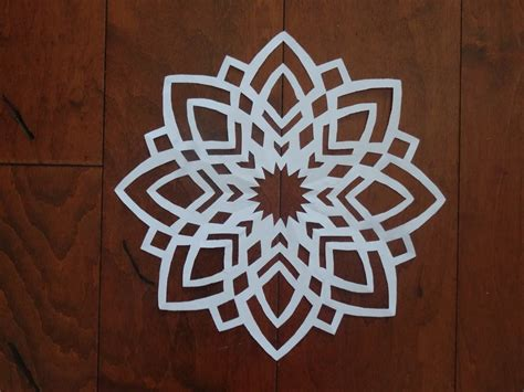 How Do Make A Paper Snowflake - paper snowflake challenge 2 detailed tutorial advanced