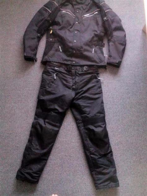 Gebrauchte Motorradbekleidung Leder by Motorradkleidung Herren Leder Kaufen Gebraucht Oder Neu