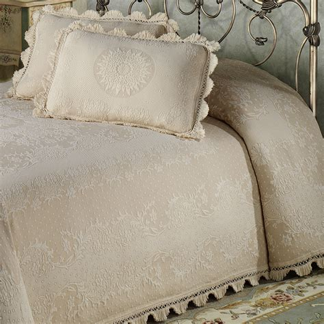 gold matelasse coverlet matelasse bedspread for small bedroom bedspreadss com