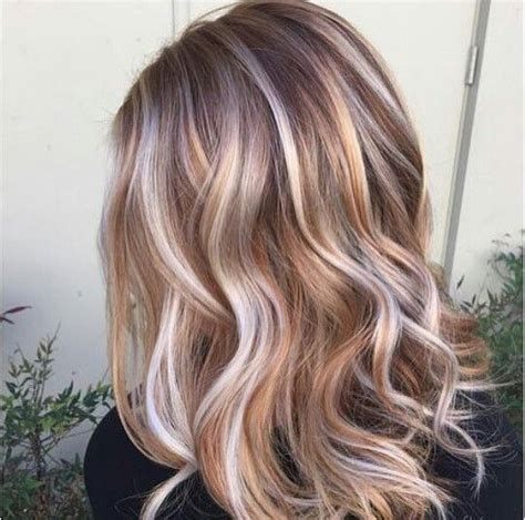 painting lowlights on gray hair best 25 blonde caramel highlights ideas on pinterest