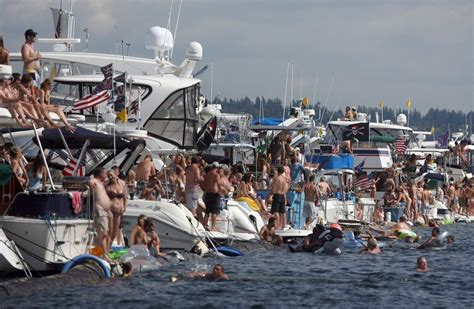 seattle boat show layout a newcomer s guide to seattle s hydros it s all about the