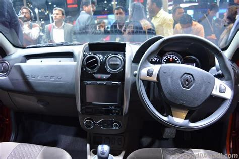 renault duster 2016 interior 2016 renault duster facelift amt launched at 8 46 lakhs specs