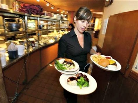 restaurant trend waiters tips to pay for minimum wage hike