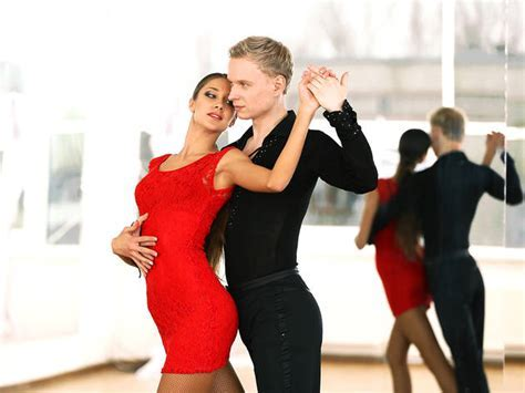 Best ballroom dancing classes in NYC from tango to cha cha