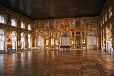 kates palace ballroom in saint catherine s palace