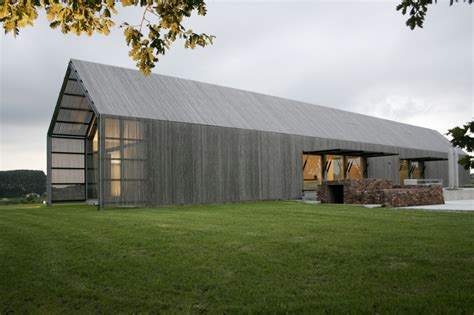 barn shaped house plans barn house roeselare projecten b2ai human centered