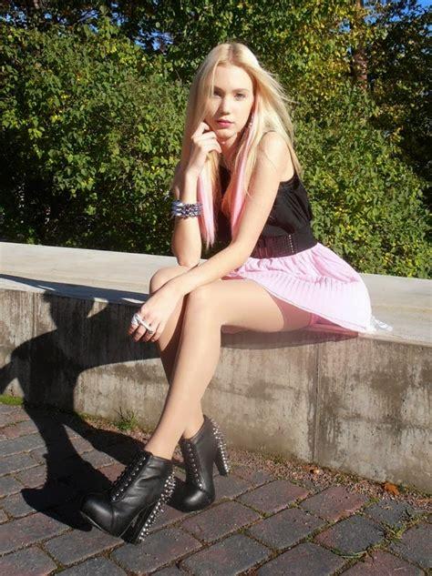 teen pantyhose fashion model woman in pantyhose pantyhose fashion blog