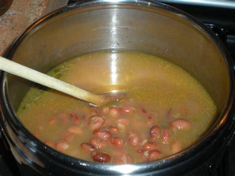fagioli secchi a bagno ricetta fagioli con erbe aromatiche calorie e valori