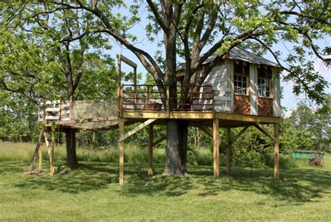 cool tree house plans 16 luxury cool tree house designs that forces you to say wow
