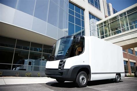 electric company truck coca cola turns green with estar electric trucks