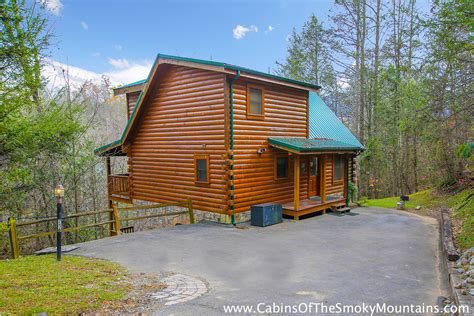 gatlinburg cabin 3 bedroom cabins in gatlinburg pigeon forge tn