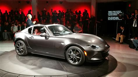 mazda roadster hardtop the motoring world nyias mazda to showcase the new mx 5 retractable fastback hardtop at new