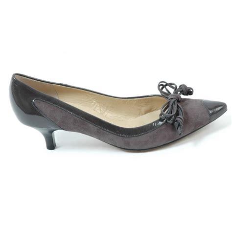 kitten heel shoes diona kaiser kitten heel shoes in grey from