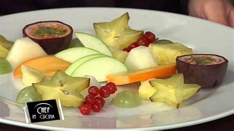 tagliata come si cucina chef in cucina tagliata di frutta