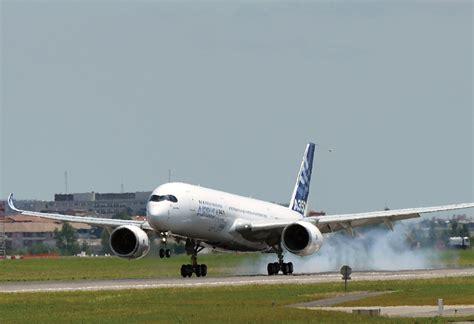 a350 flight test airbus a350xwb begins flight test phase air transport
