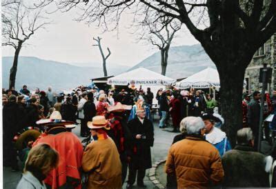 wann beginnt karneval karneval fasching fastnacht eine kleine kulturgeschichte