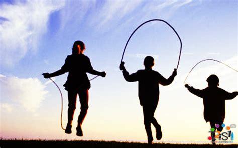 imagenes niños saltando la cuerda 13 experiencias de ni 241 ez que no pueden ser reemplazadas
