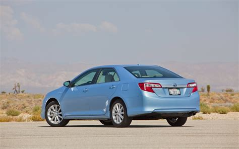 Toyota Camry 2012 Xle 2012 Toyota Camry Hybrid Xle Rear Three Quarters Photo 17
