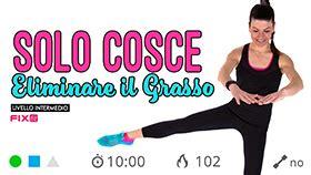 esercizi interno coscia con elastico esercizi per interno coscia con l elastico in piedi e a terra