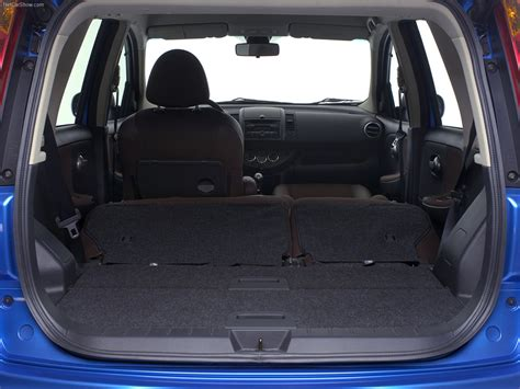 nissan note interior trunk nissan note 2006 picture 14 1280x960