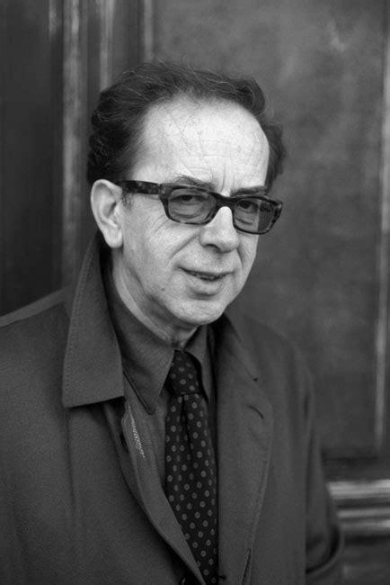 Ismail Kadaré - Grupo Companhia das Letras