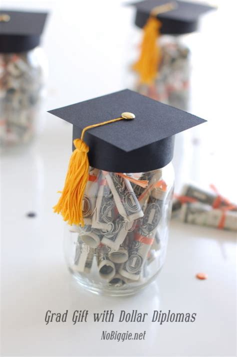 Handmade Graduation Gifts - 20 ideas on how to give for graduation gift