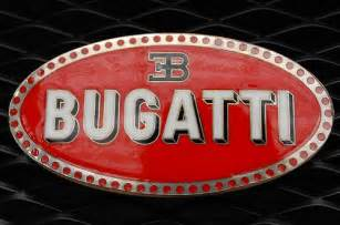Bugatti Emblem Bugatti Emblem On Veyron Flickr Photo