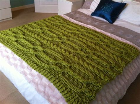 chunky cable knit throw blanket pattern knitting pattern chunky cable blanket throw