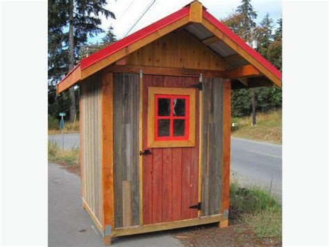 small shed and barn post and beam building kits outside