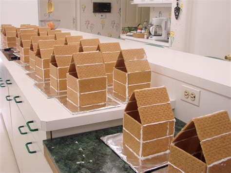graham cracker house ideas graham cracker houses cake ideas and designs