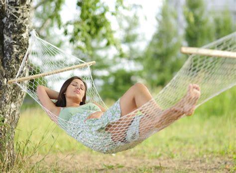 la siesta de la siesta y sus efectos en la salud infosalud