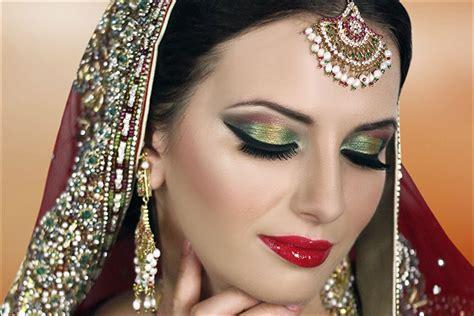 stunning bridal makeup     wedding season