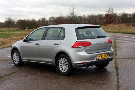 volkswagen hatchback volkswagen golf hatchback review parkers