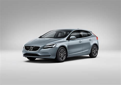 how much is a new volvo 2017 volvo v40 facelift gains new headlights not much