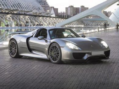 porsche 918 exterior see 2015 porsche 918 spyder color options carsdirect
