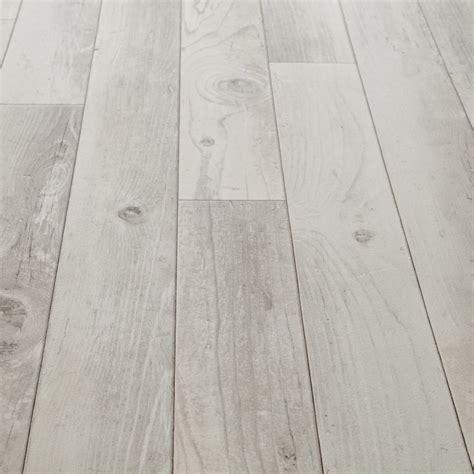 25 best ideas about linoleum flooring on best 25 vinyl flooring bathroom ideas only on