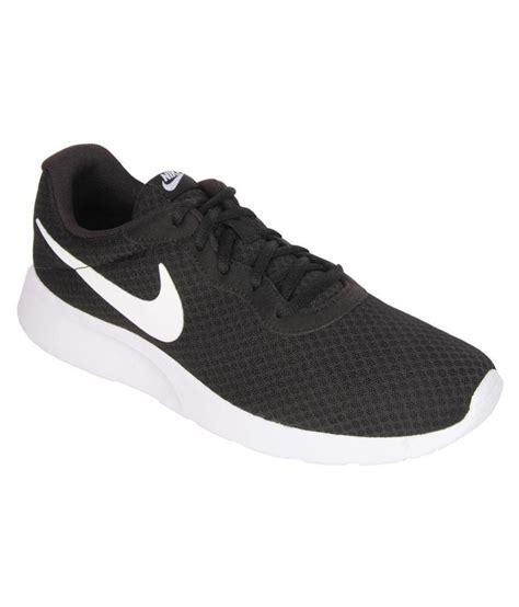 casual black sneakers nike tanjun sneakers black casual shoes buy nike tanjun