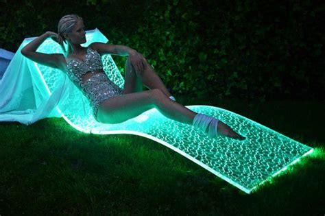tappeto volante lumiluxe la prima chaise longue sembra un tappeto volante